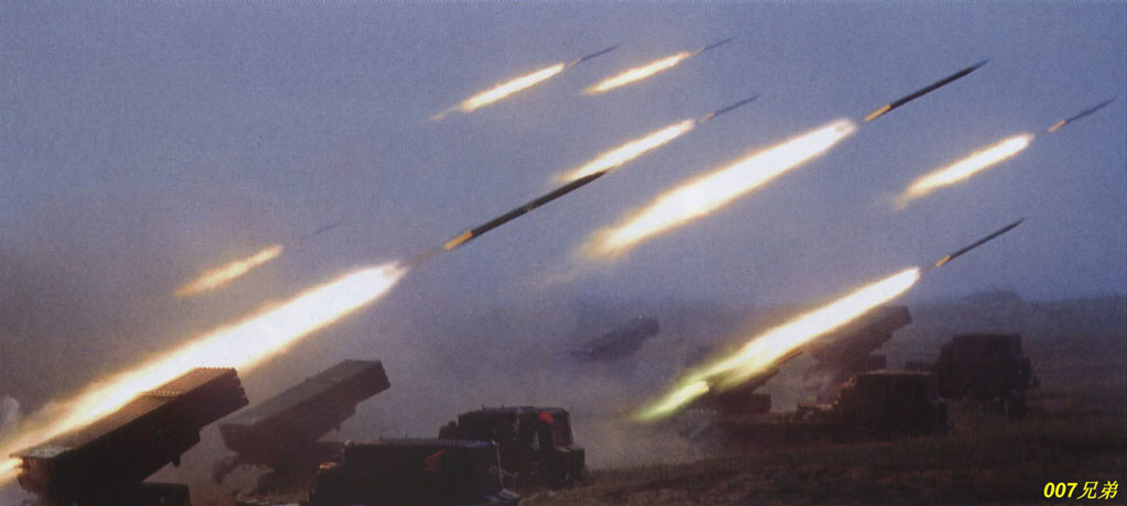 远程火箭炮图片_图文国产03式300毫米远程火箭炮