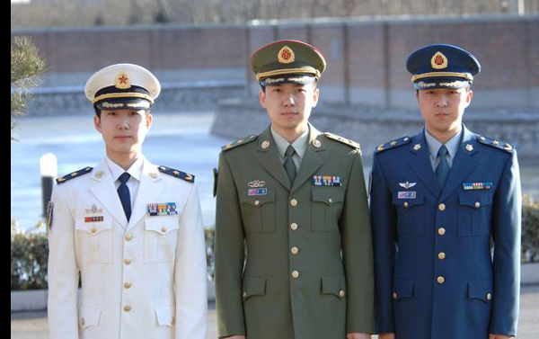 中国人民解放军07式军服 中国人民解放军零七式军装 中国解放军军