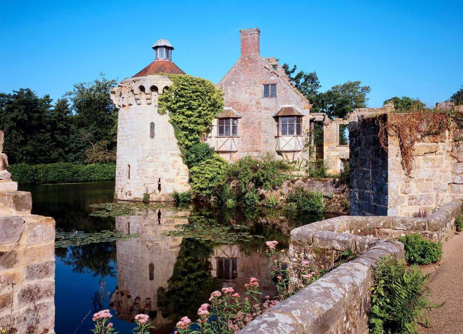 世界上最美的古堡建筑