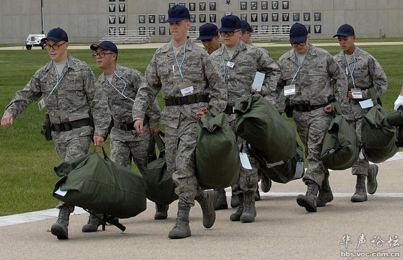 qq微博装备_霉菌装备新靴子了 - 军事贴图 - 华声论坛