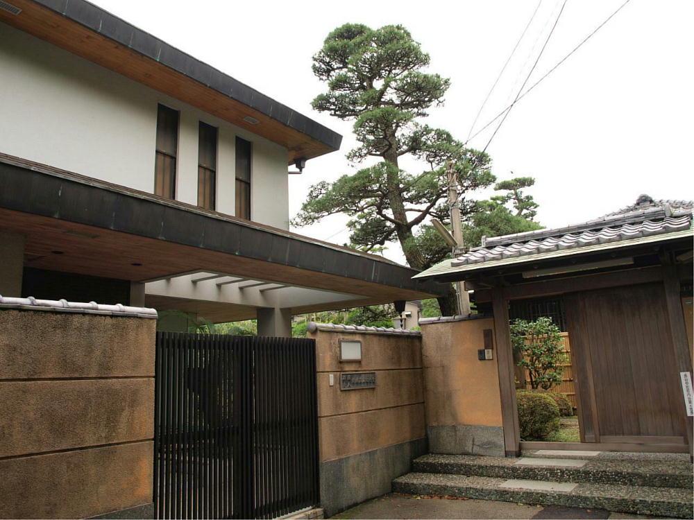 甘绳神社左侧旧川端康成邸