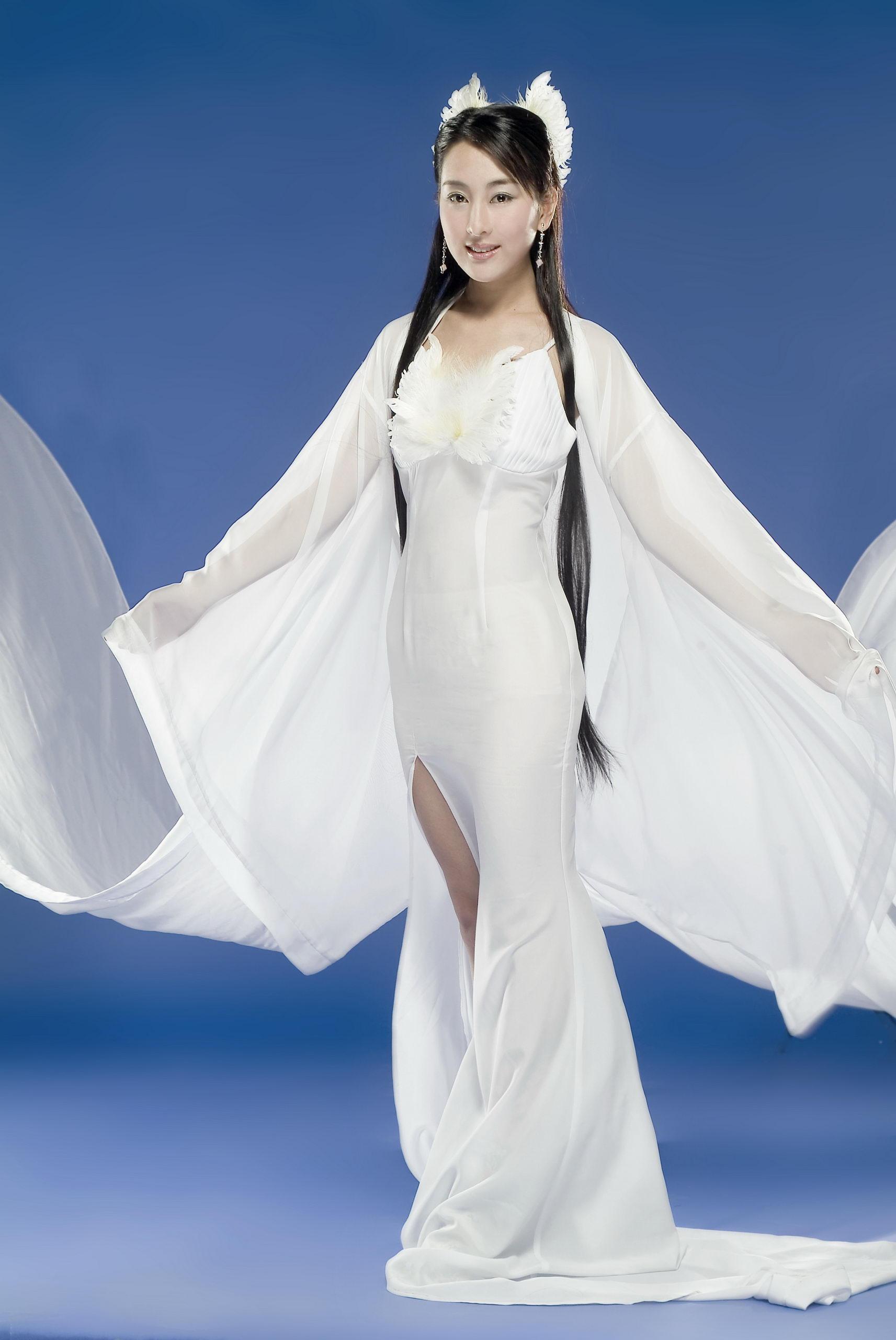 美女明星马苏——高清大图1713X2560 28P(第二页) - 美女贴图 - 华声论坛