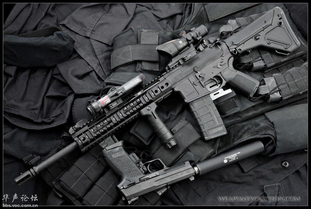 AR15 M4 系列突击步枪------帖得偶手软,看得你想吐!!!(页 1) - 军事贴图 - 华声论坛 -- 无图精简版