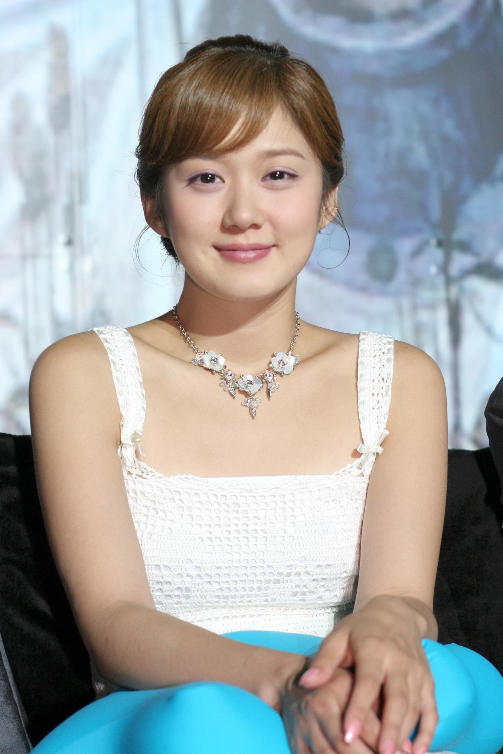 闵镇雄张娜拉在大发不动产剧中与搭档郑容和频频遇到挫折