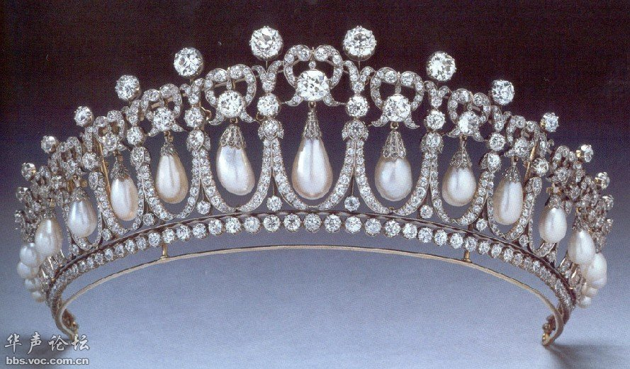 皇室戴安娜八骏图-华的仰望 欧洲王室的王冠,珠宝,旗帜等标志物
