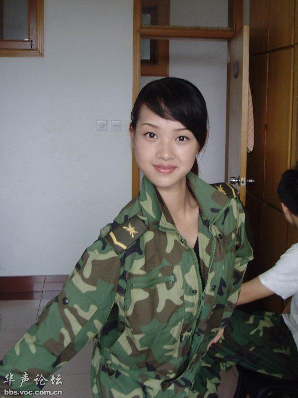 晒晒曾经在部队的生活照图片
