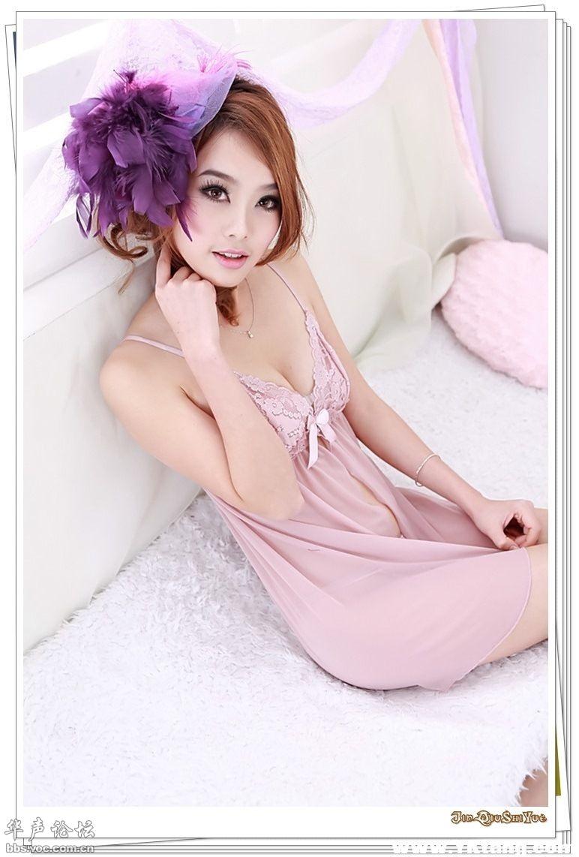 吊带蕾丝性感睡裙 高清图片