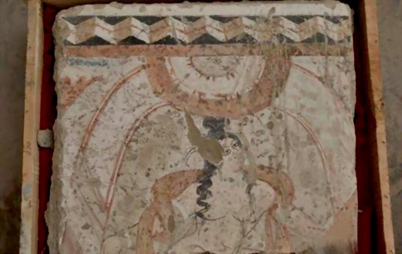 新疆和田考古挖出罕见 裸体 佛寺壁画