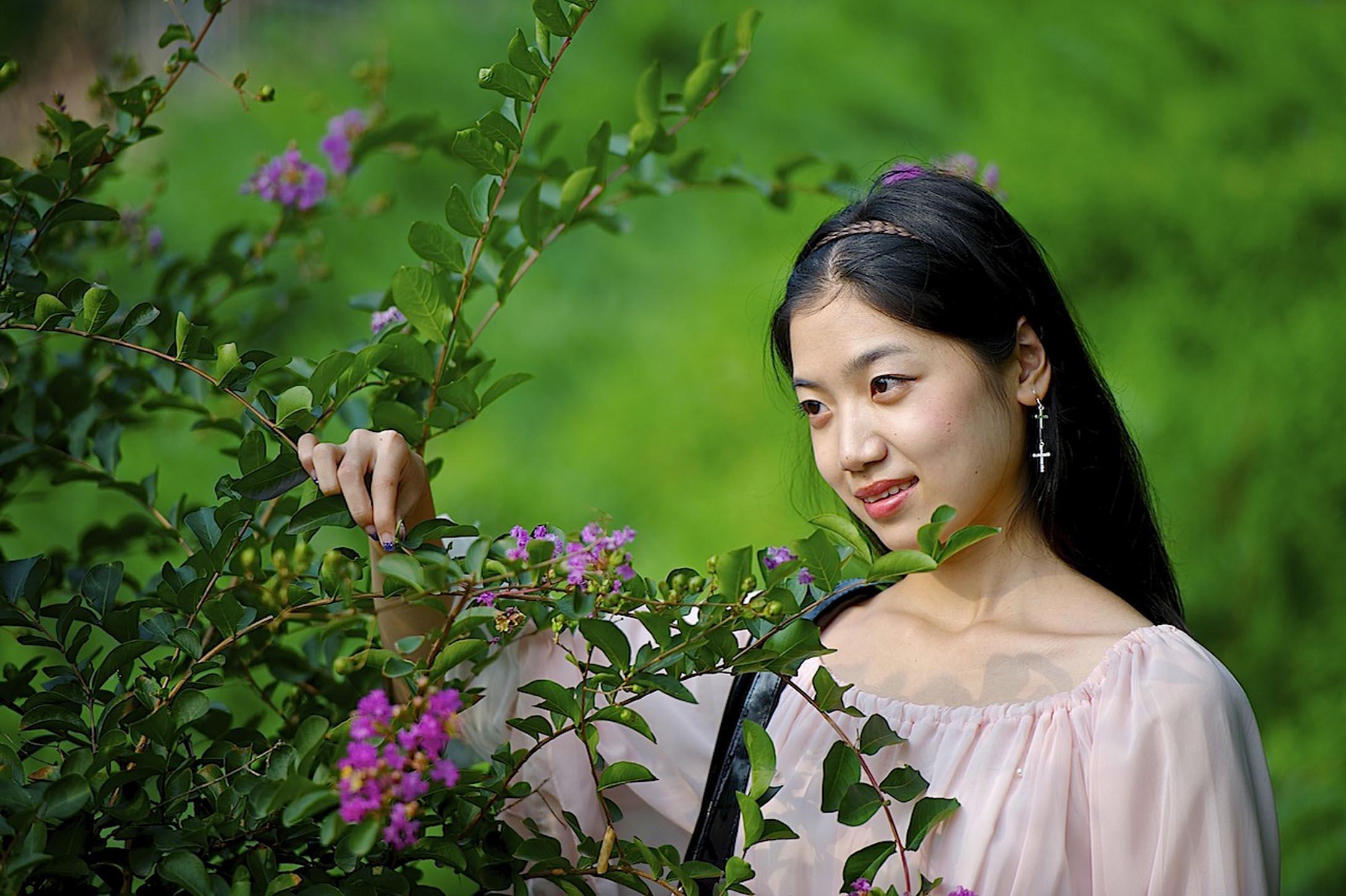 蓉蓉公园外拍 - 春色满园 - 春色满园