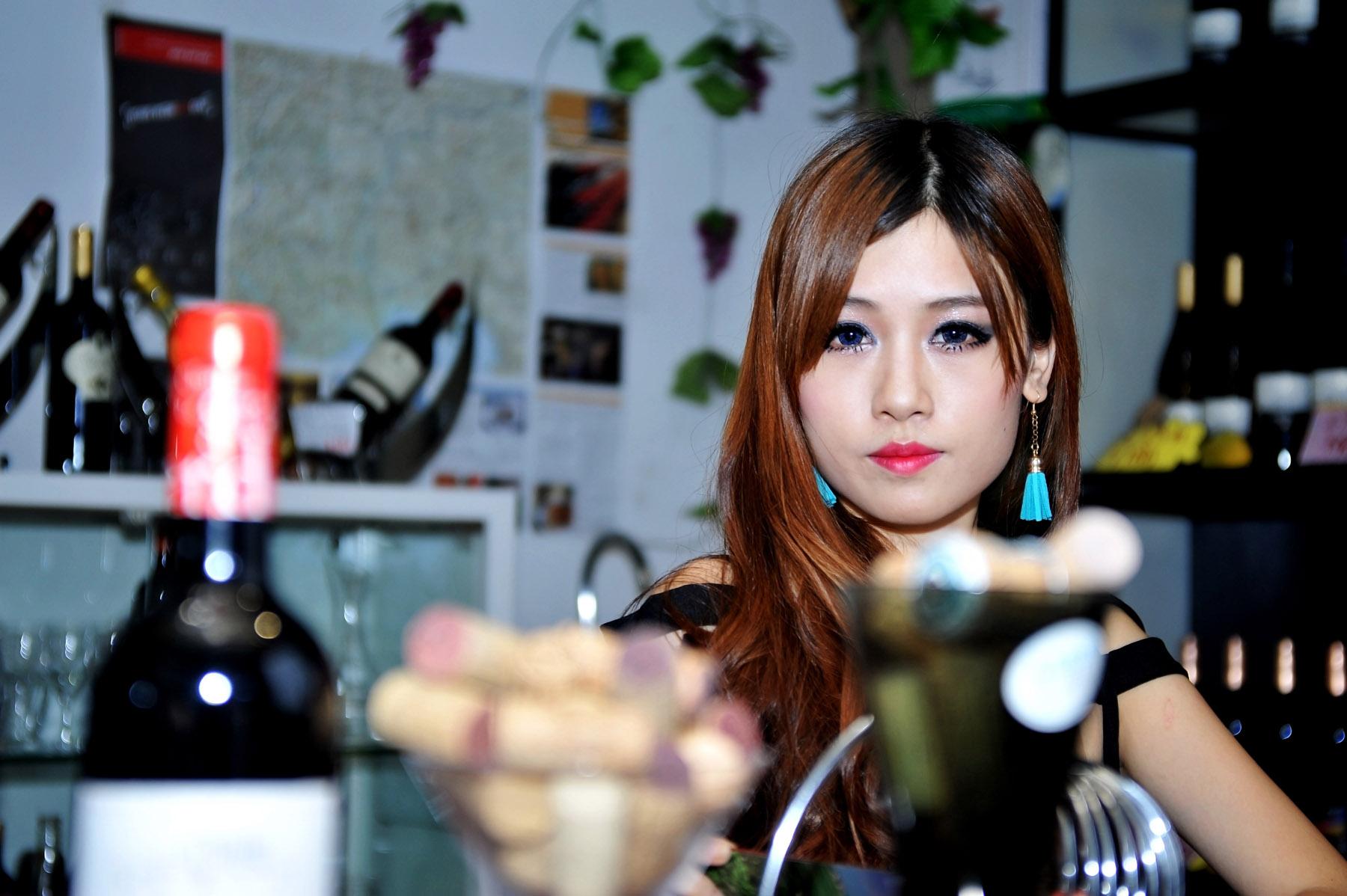 靓丽美酒佳人2[50P] - 撸四次网