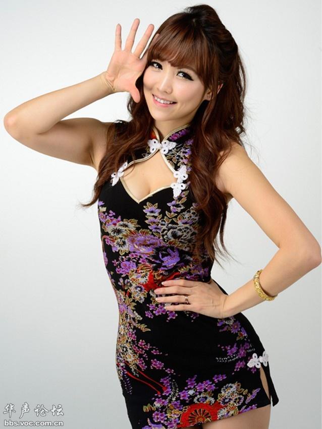 名模李恩惠代言游戏 推出浓郁中国风 美女贴