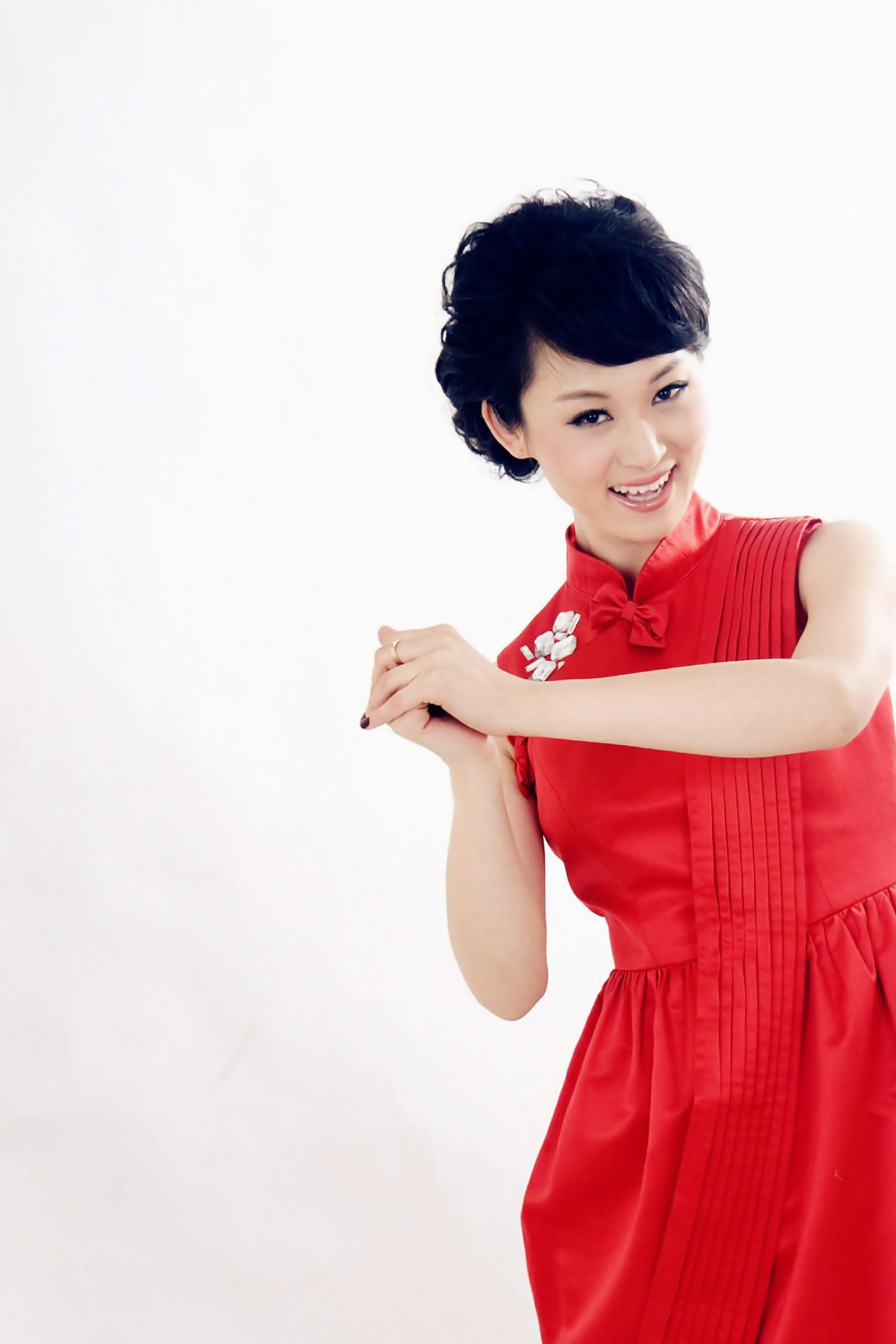 王小骞新发型_王氏姐妹大观园(1) - 美女贴图 - 华声论坛