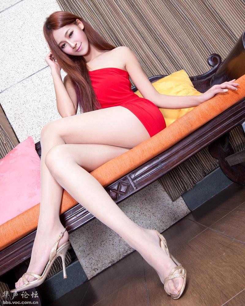 红衣腿模 美女贴图