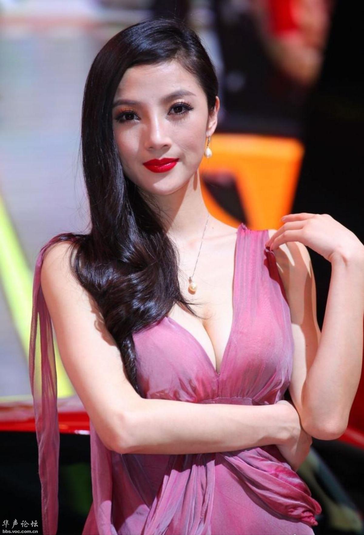 日本车模被打_北京国际车展法拉利车模 - 美女贴图 - 华声论坛