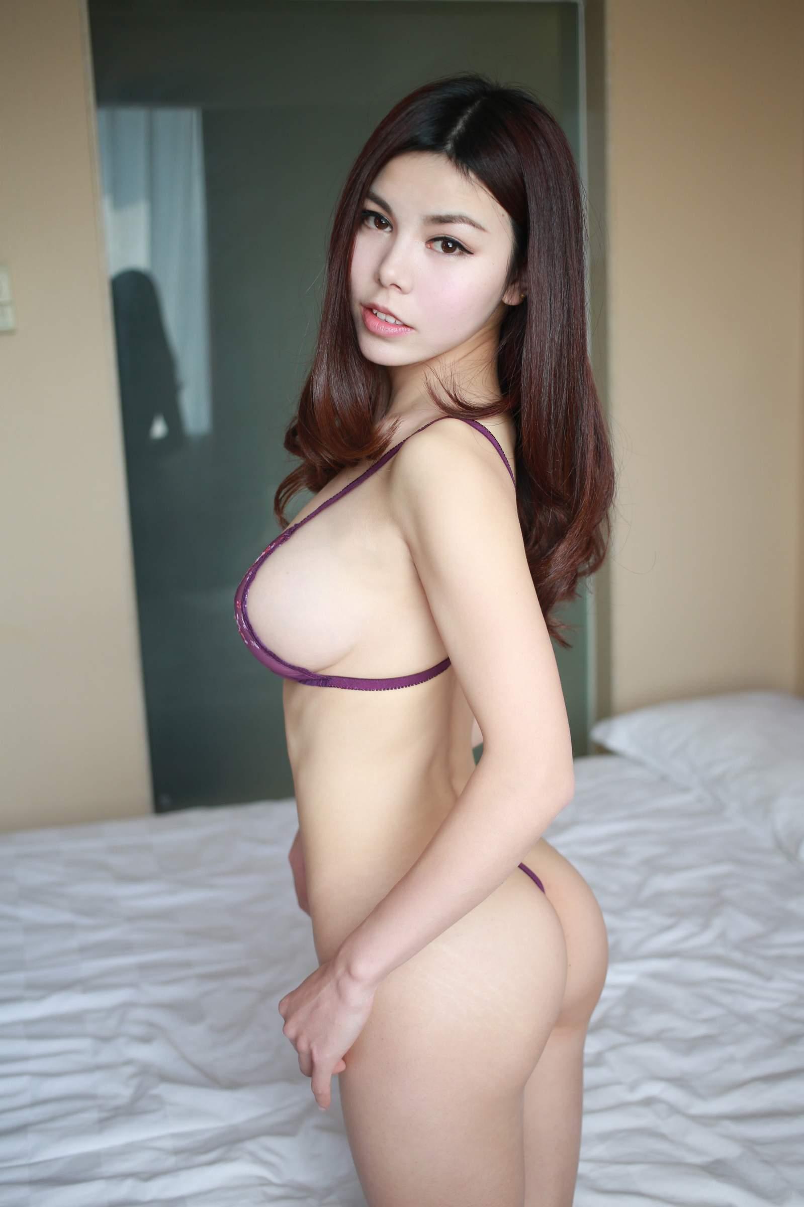girl having painful anal gif