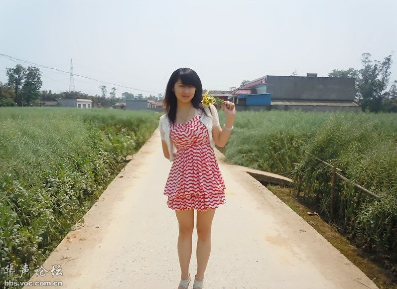 农村的漂亮女孩 网友自拍