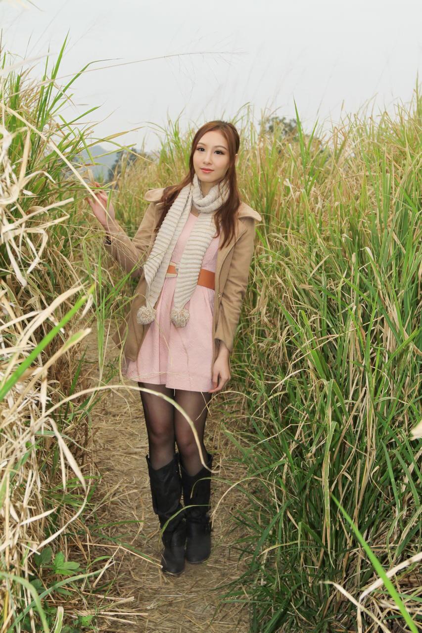 成熟美女性感养眼Stephanie Tam(3) [50P]Op939