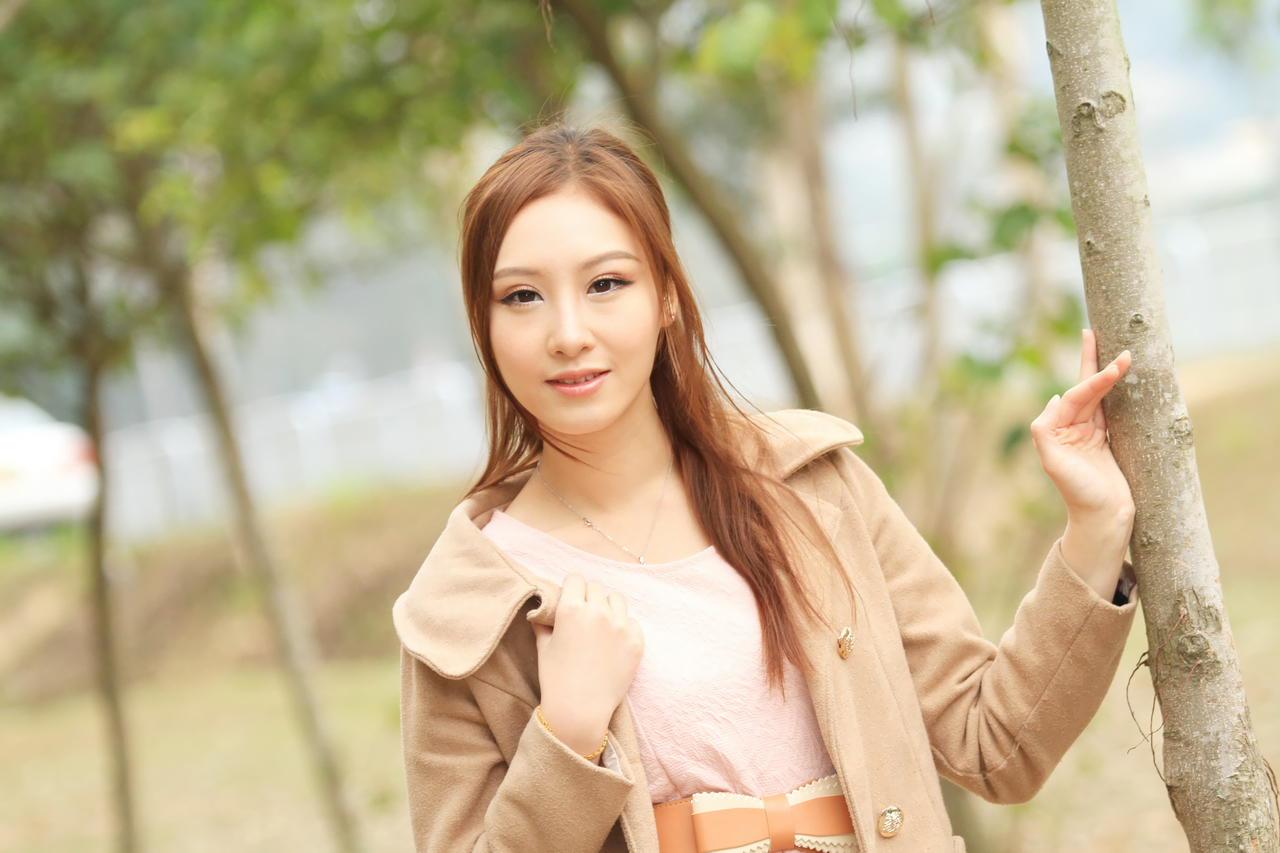 成熟美女性感养眼Stephanie Tam(3) [50P]DeiUO