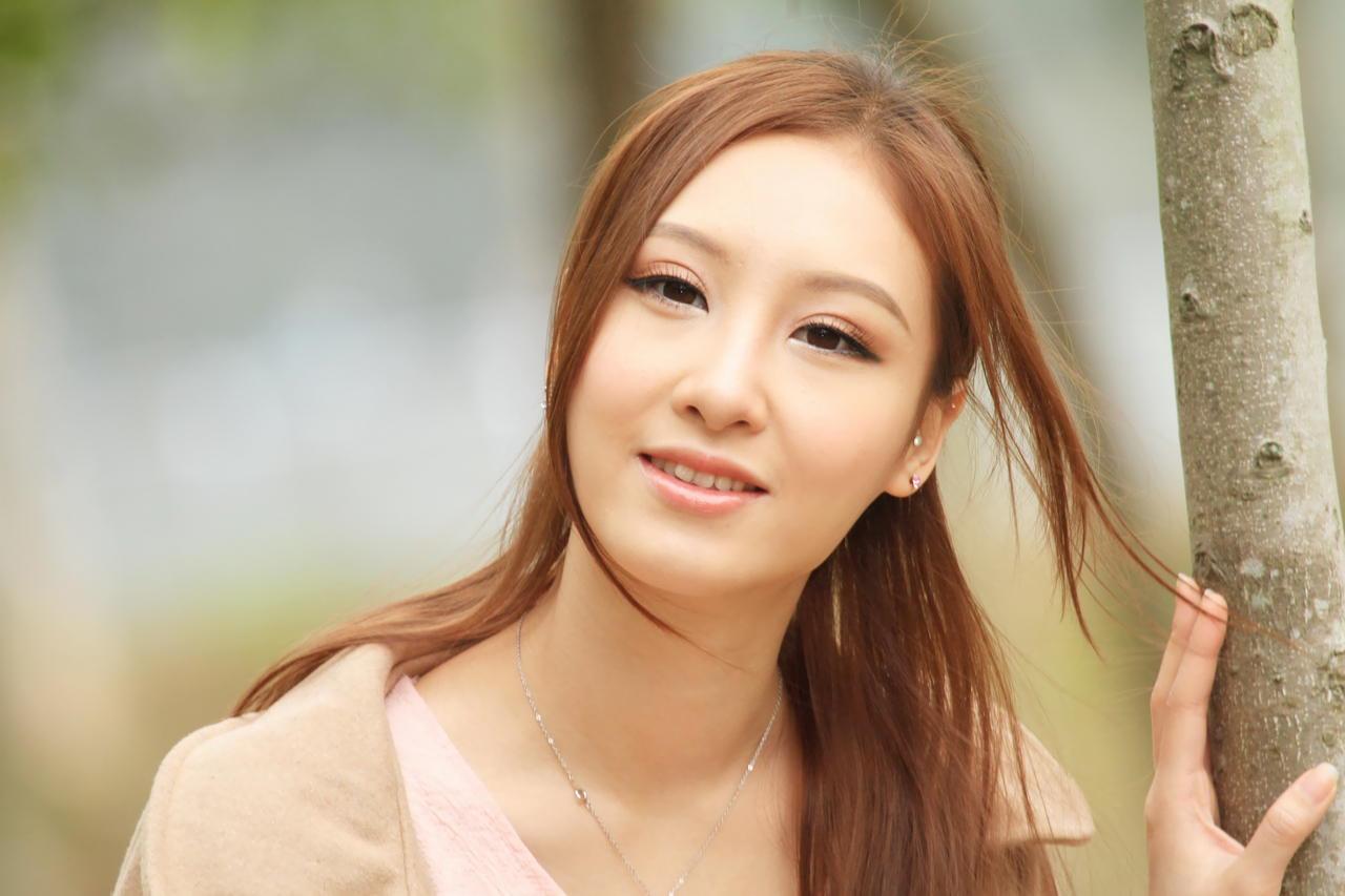 成熟美女性感养眼Stephanie Tam(3) [50P]OdHi1