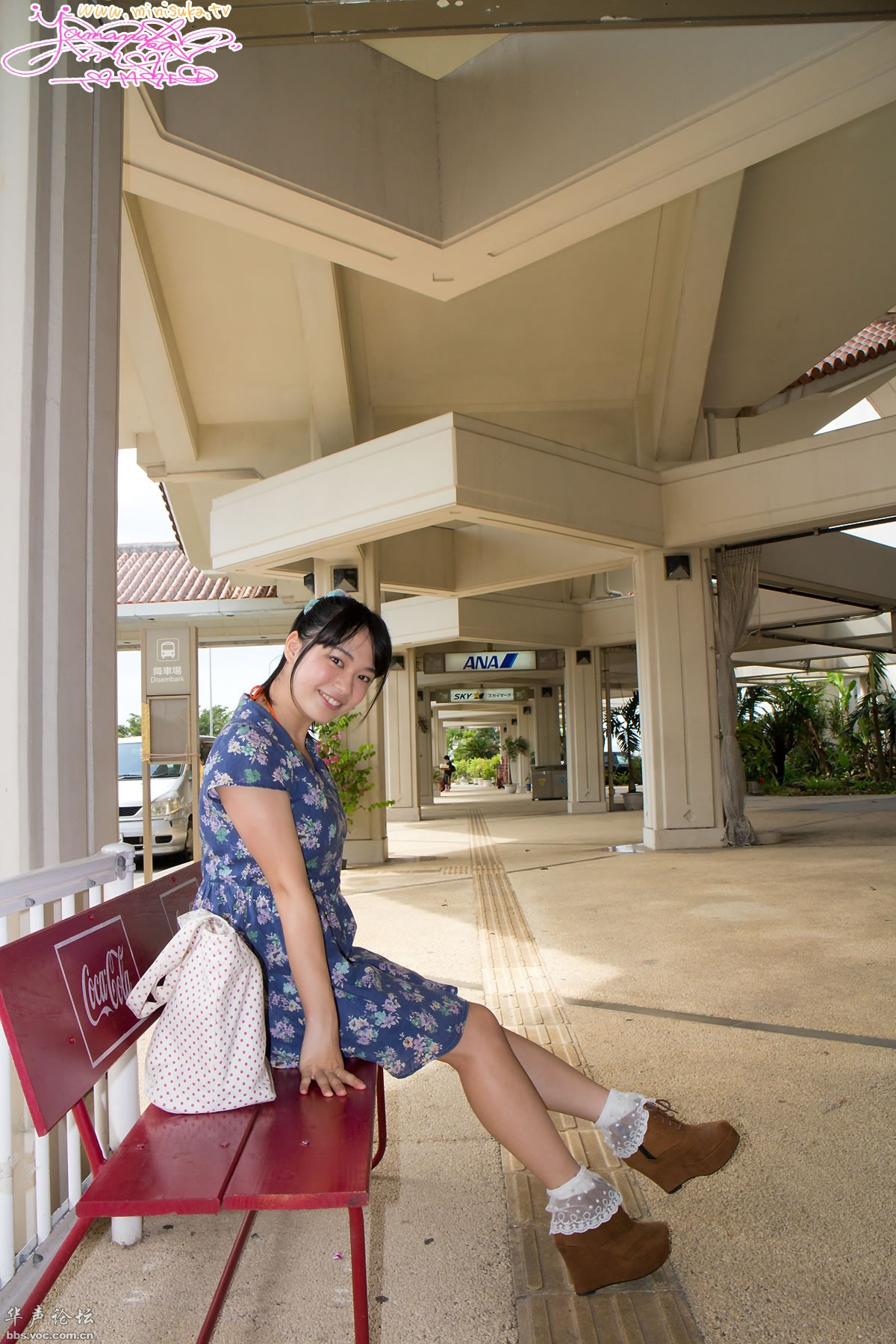 Tomoe Yamanaka 山中知恵 Gallery One | Minisuka.tv 2014.01.16