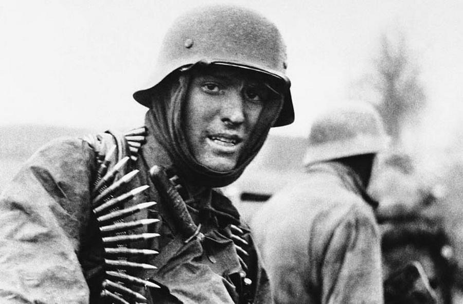 影像纪录二战德国纳粹的末日