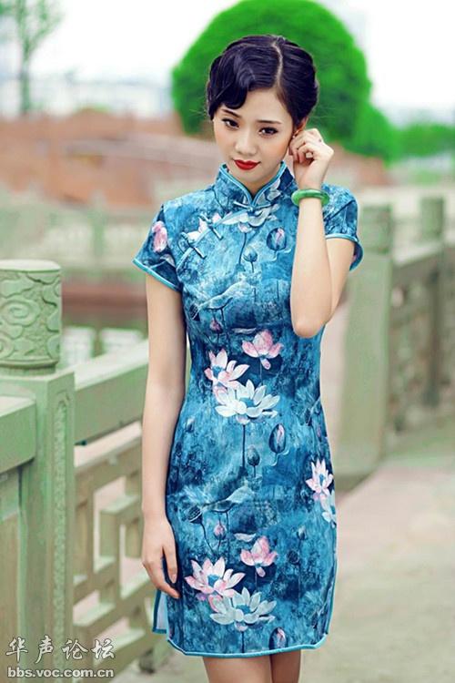 旗袍美女民族风
