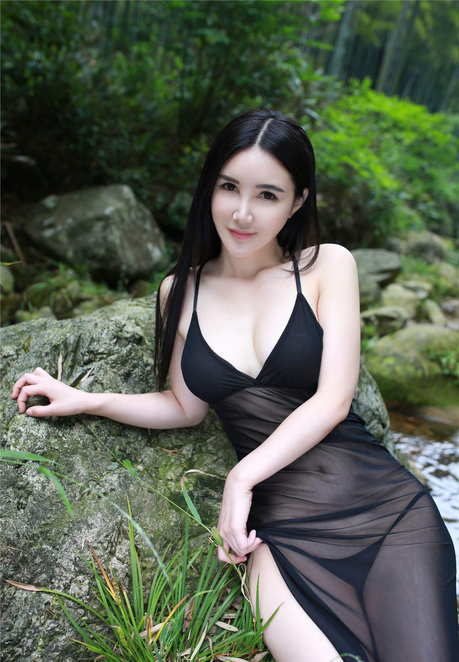 顾欣怡 夏日小溪 - 花開有聲 - 花開有聲