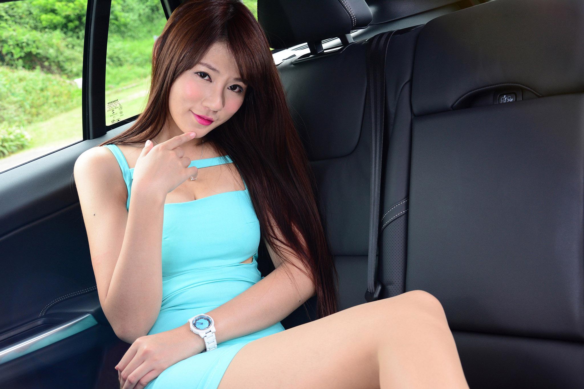 香车美女 庄咏慧、林茉晶等(2)[50P]Iaq7J
