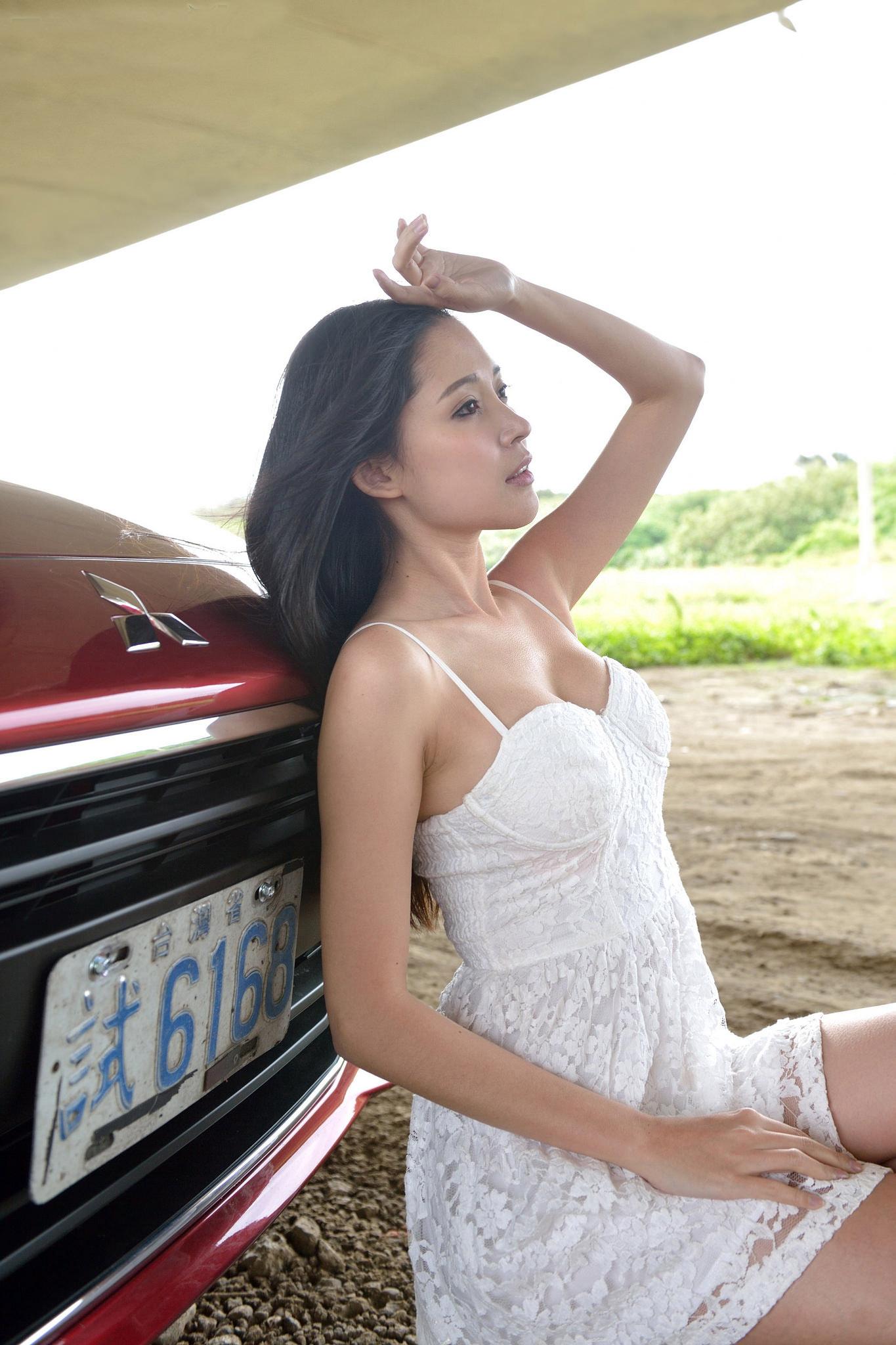 香车美女 庄咏慧、林茉晶等(2)[50P]S3G29