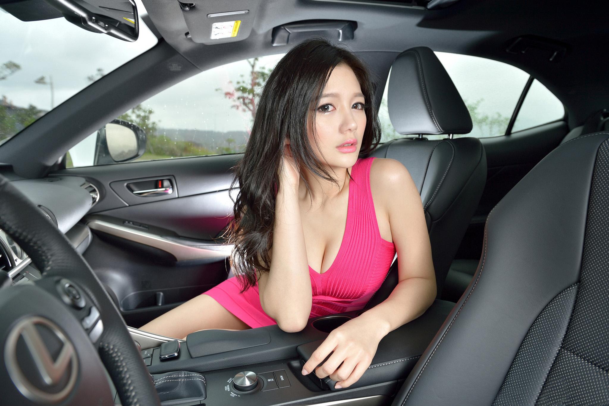 香车美女 庄咏慧、林茉晶等(2)[50P]q9xGi