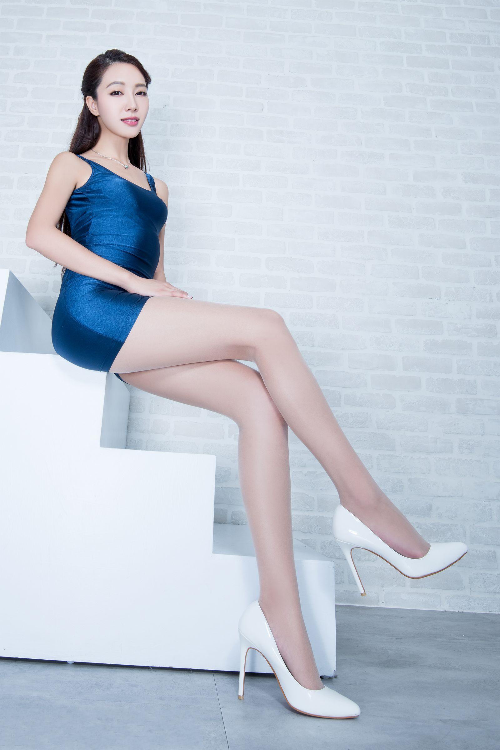 漂亮衣模美腿秀53 - 花開有聲 - 花開有聲