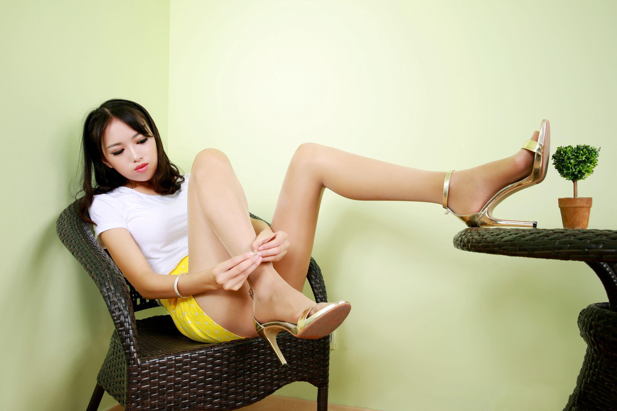 漂亮衣模美腿秀60 - 花開有聲 - 花開有聲