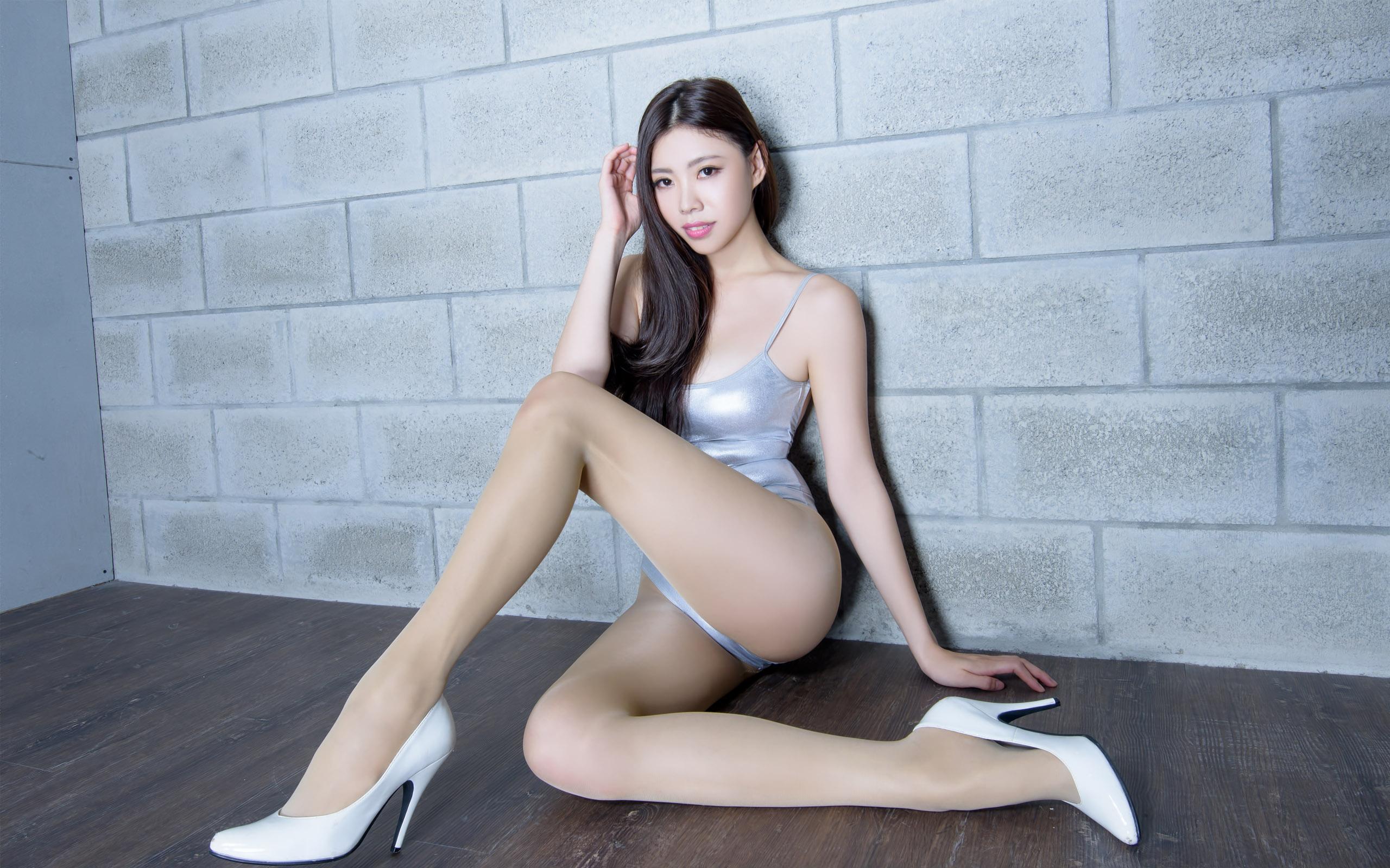 漂亮衣模美腿秀92 - 花開有聲 - 花開有聲