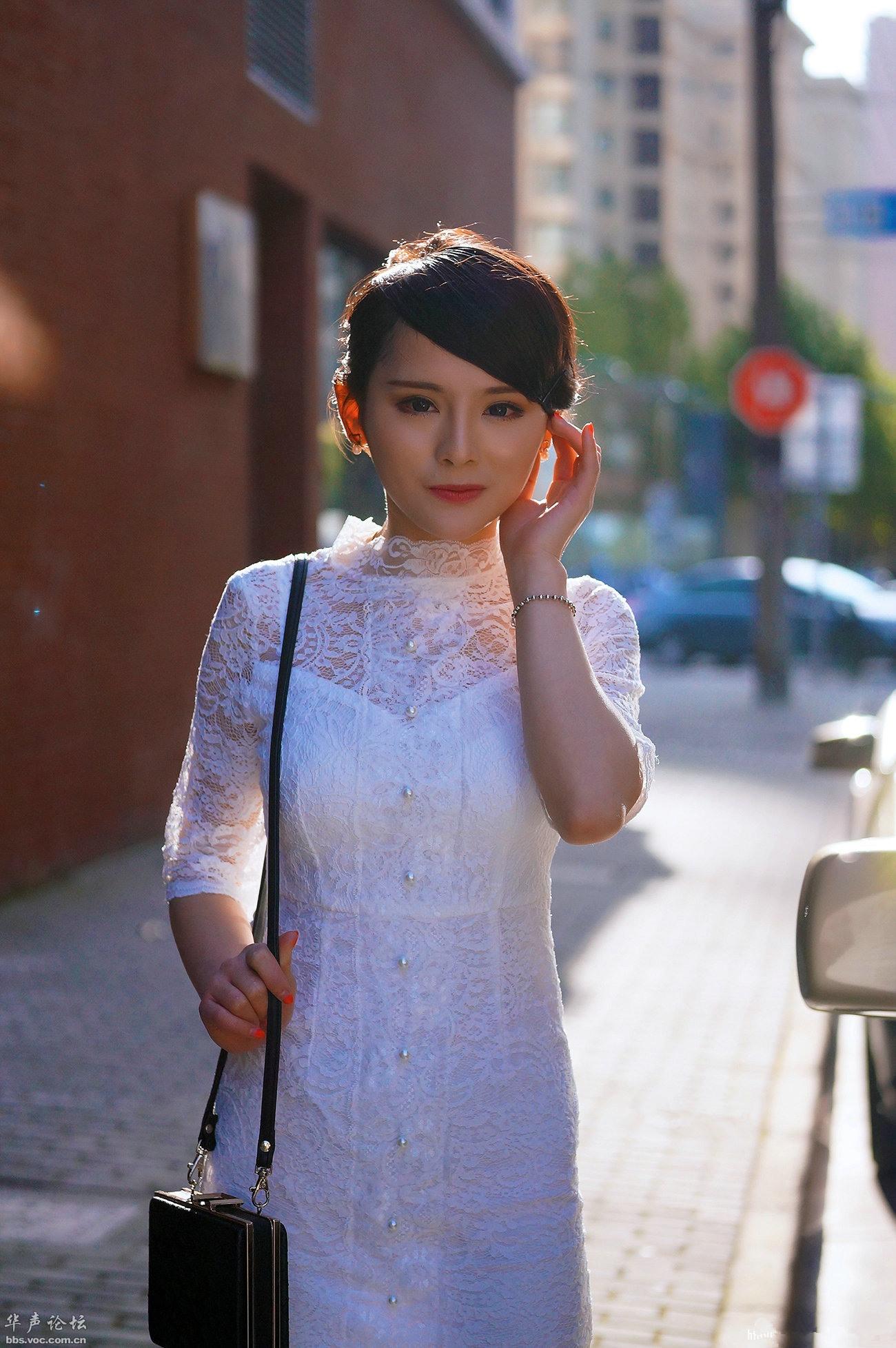 白色蕾丝  短裙高跟 - 花開有聲 - 花開有聲