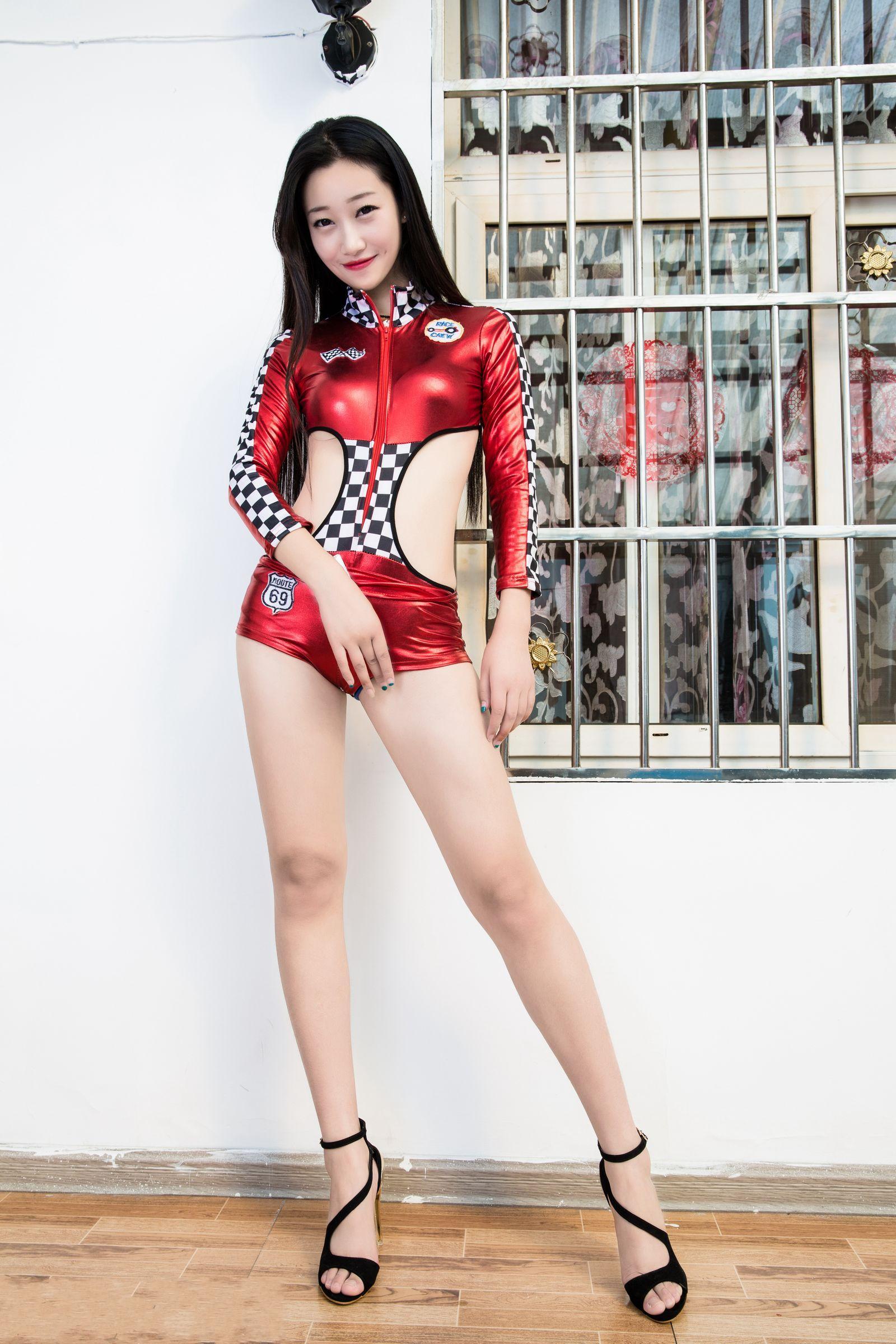 爱秀妍妍美腿秀A - 花開有聲 - 花開有聲