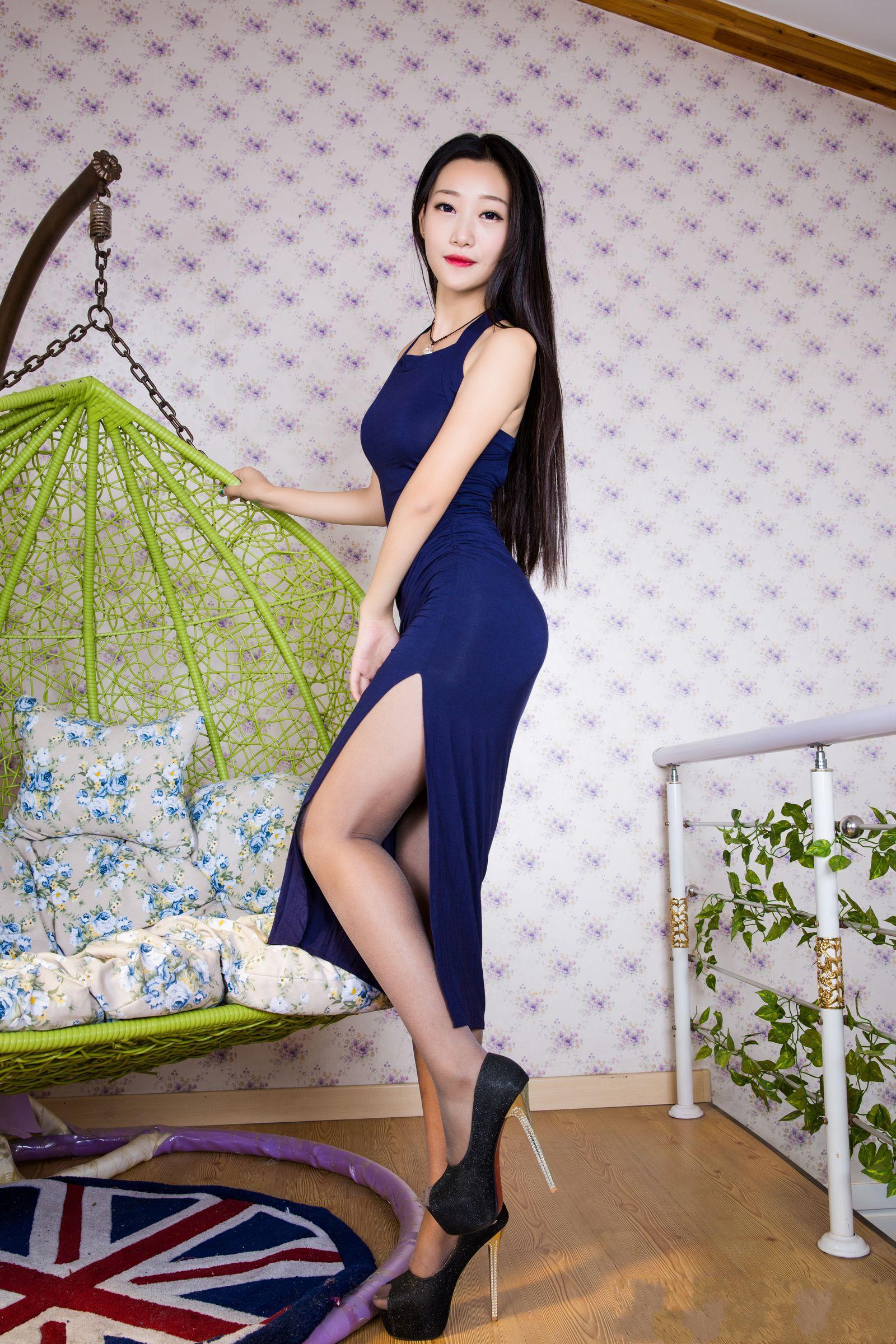 爱秀妍妍美腿秀B - 花開有聲 - 花開有聲