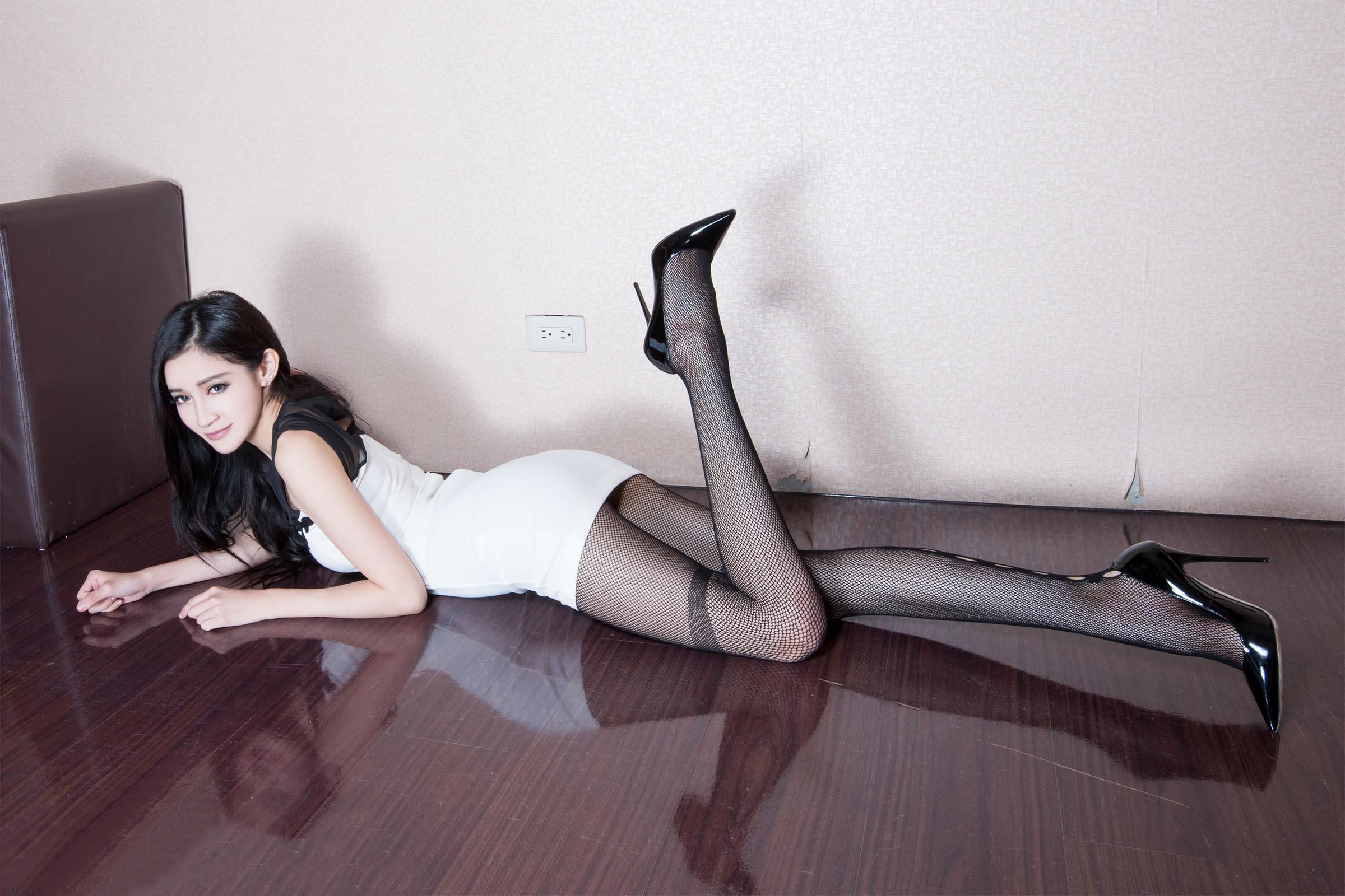 漂亮腿模  网袜高跟 - 花開有聲 - 花開有聲