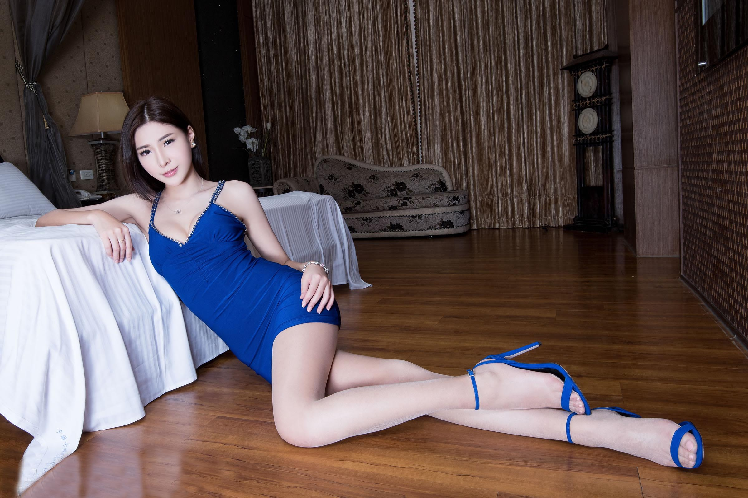 丽人腿模  丝袜高跟 - 花開有聲 - 花開有聲