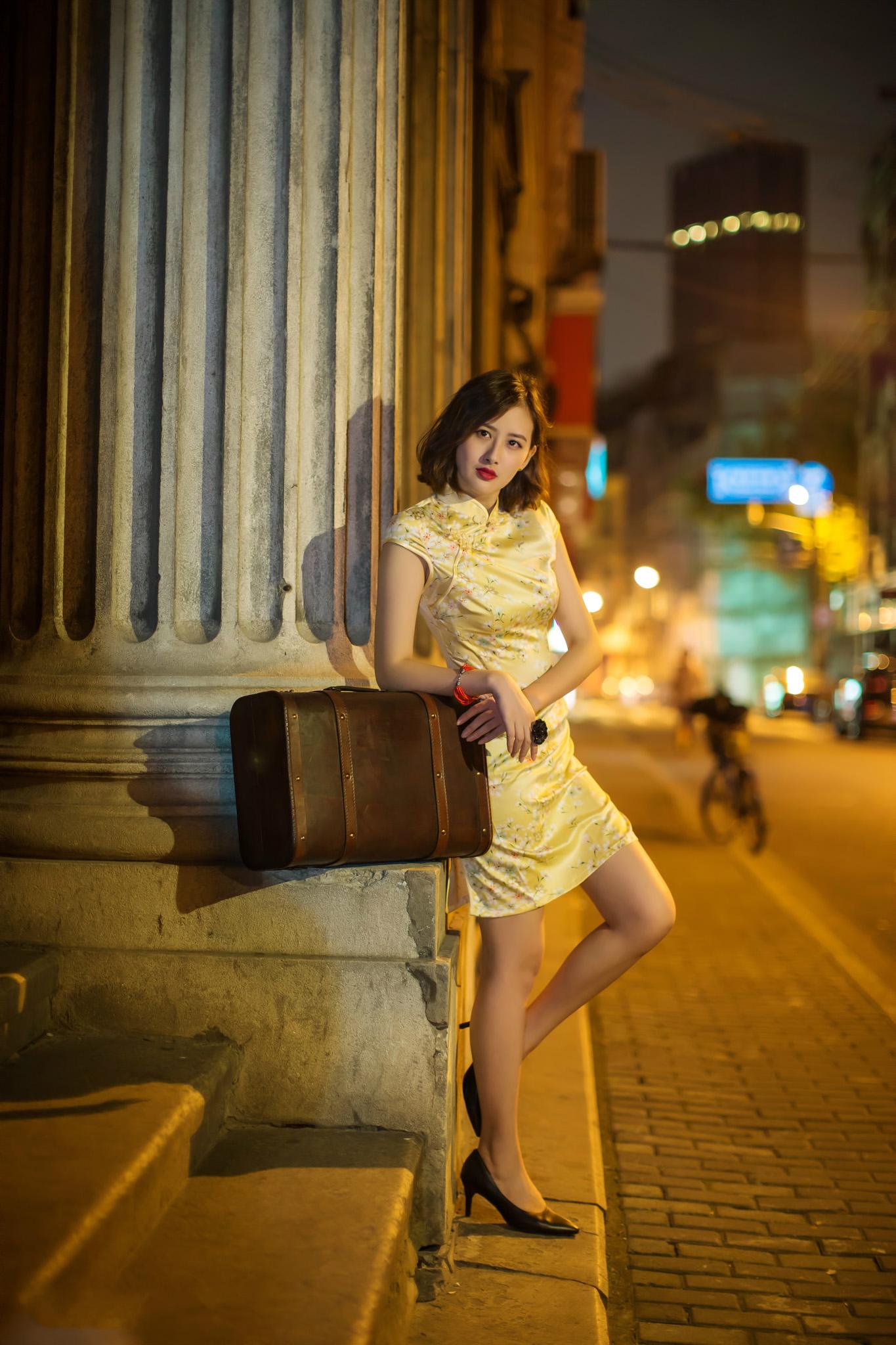 夜景旗袍 - 花開有聲 - 花開有聲