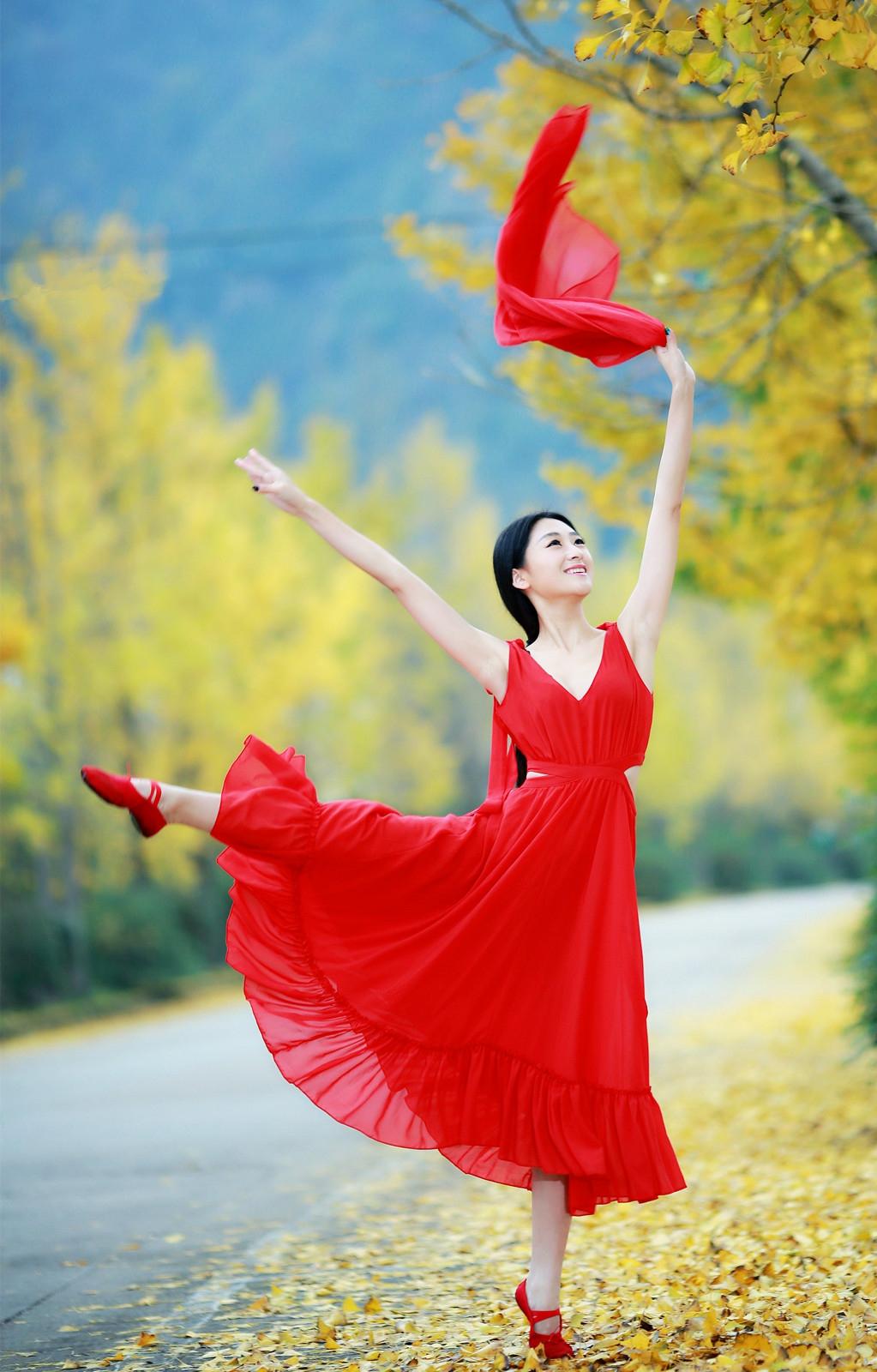 秋天的舞蹈--珍藏版 - 青梅酒女 - 青梅酒女的博客