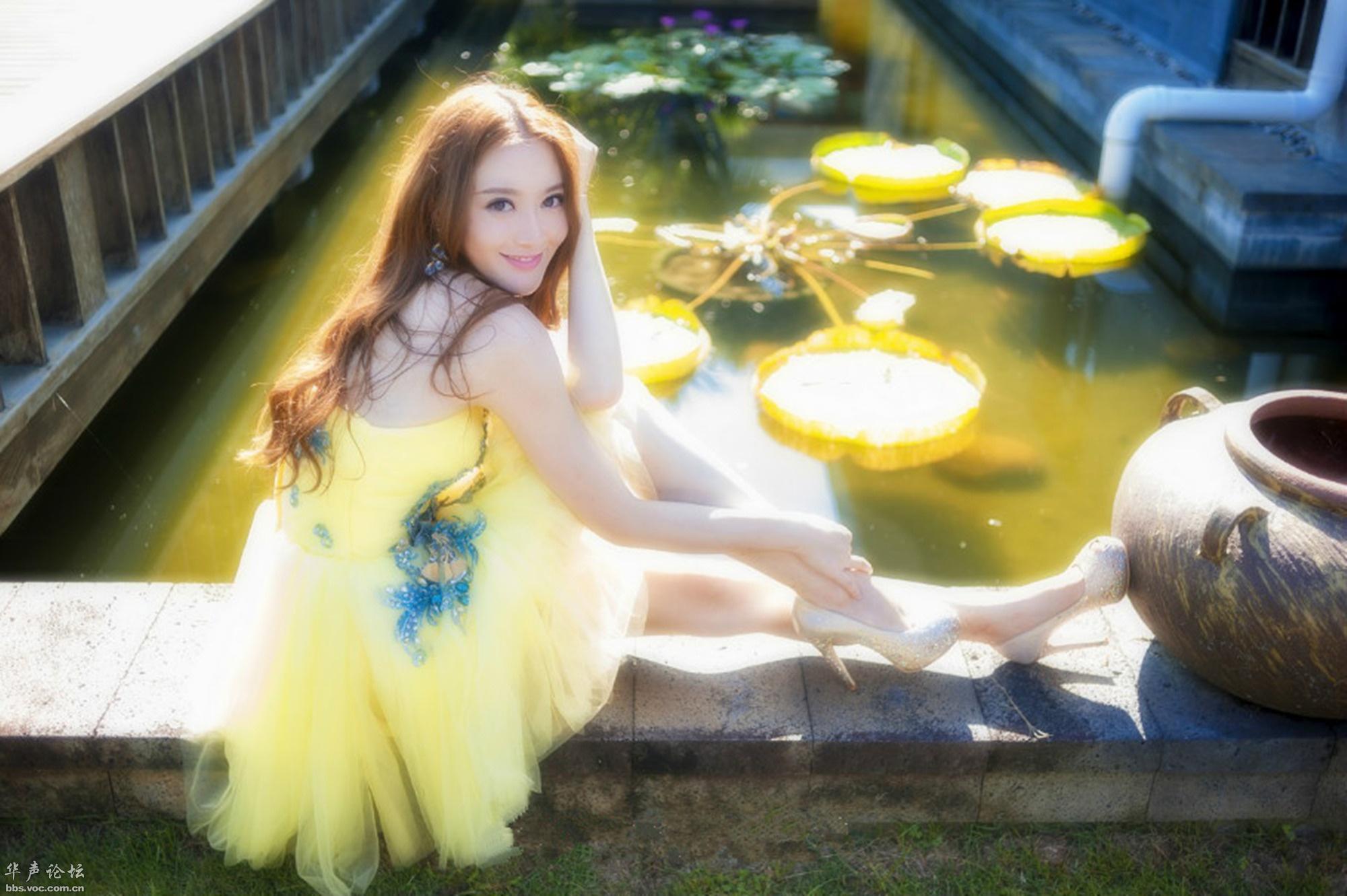 丽人黄裙  淡雅清新 - 花開有聲 - 花開有聲