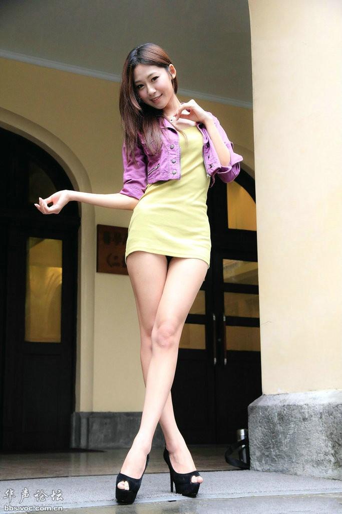 蜂腰长腿漂亮女 - 花開有聲 - 花開有聲