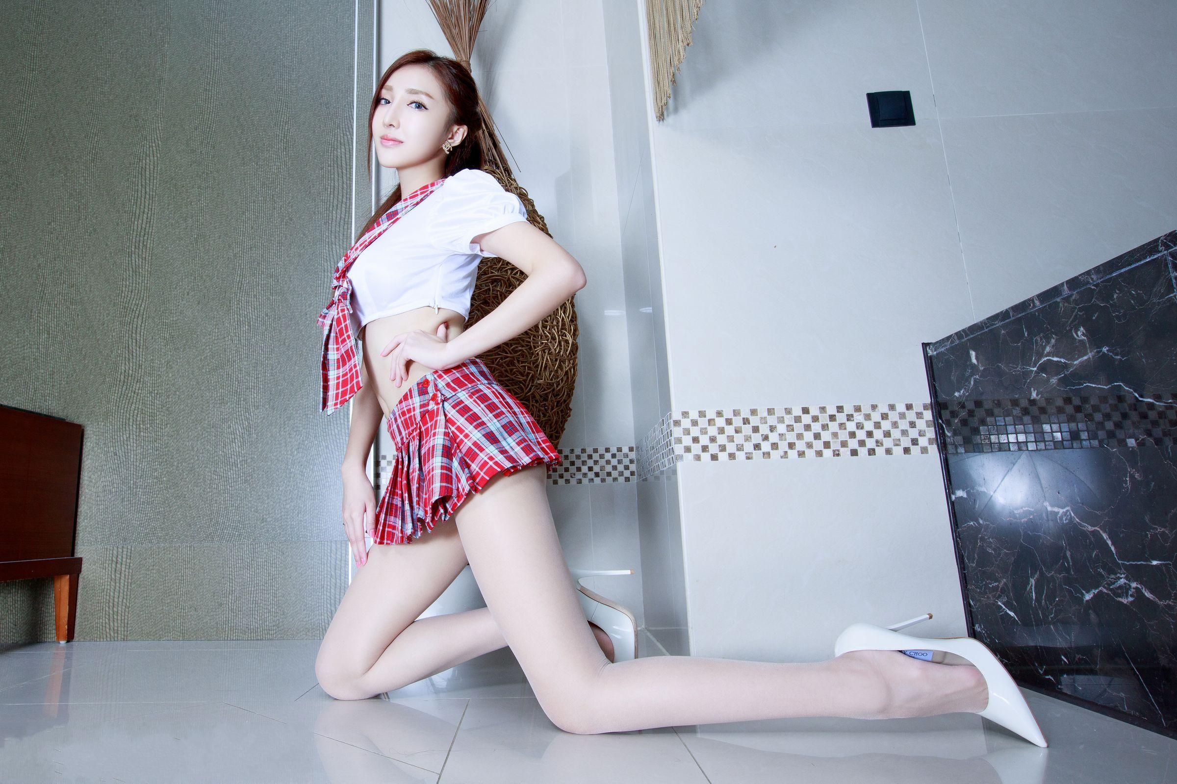 爱秀美腿秀-Syuan - 花開有聲 - 花開有聲