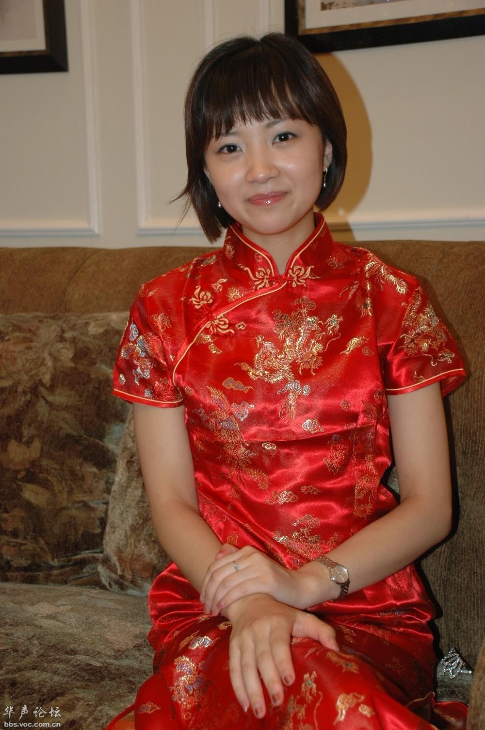 穿红旗袍的女人 - 春色满园 - 春色满园