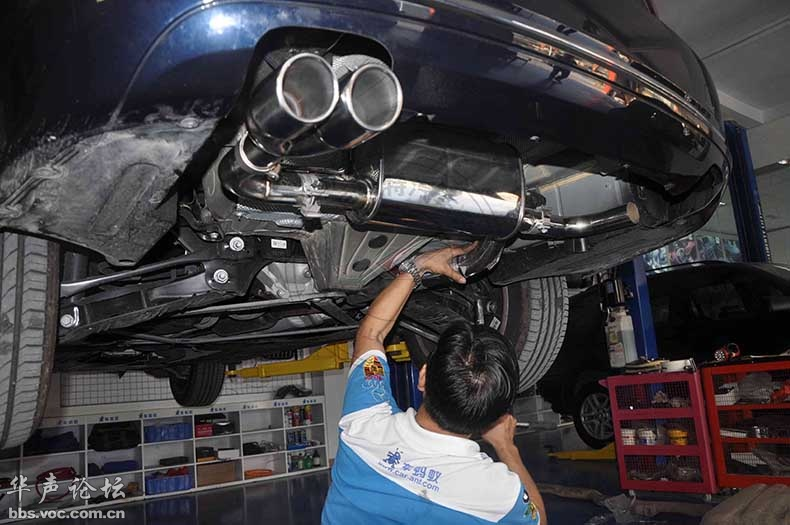 宝马3系gt改4出排气,改装新高度高清图片