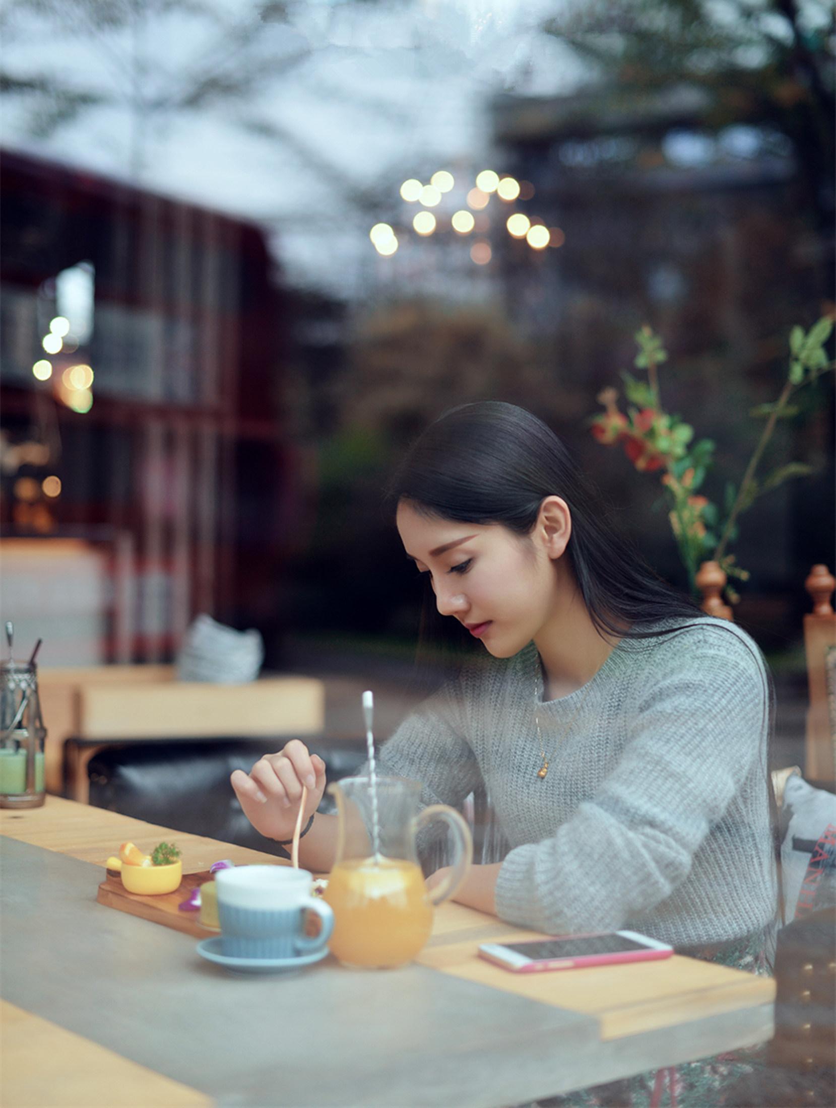 走过咖啡屋偶遇 - 青梅酒女 - 青梅酒女的博客