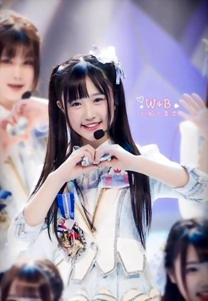 被赞双马尾萌死人 14岁SNH48成员走红日本