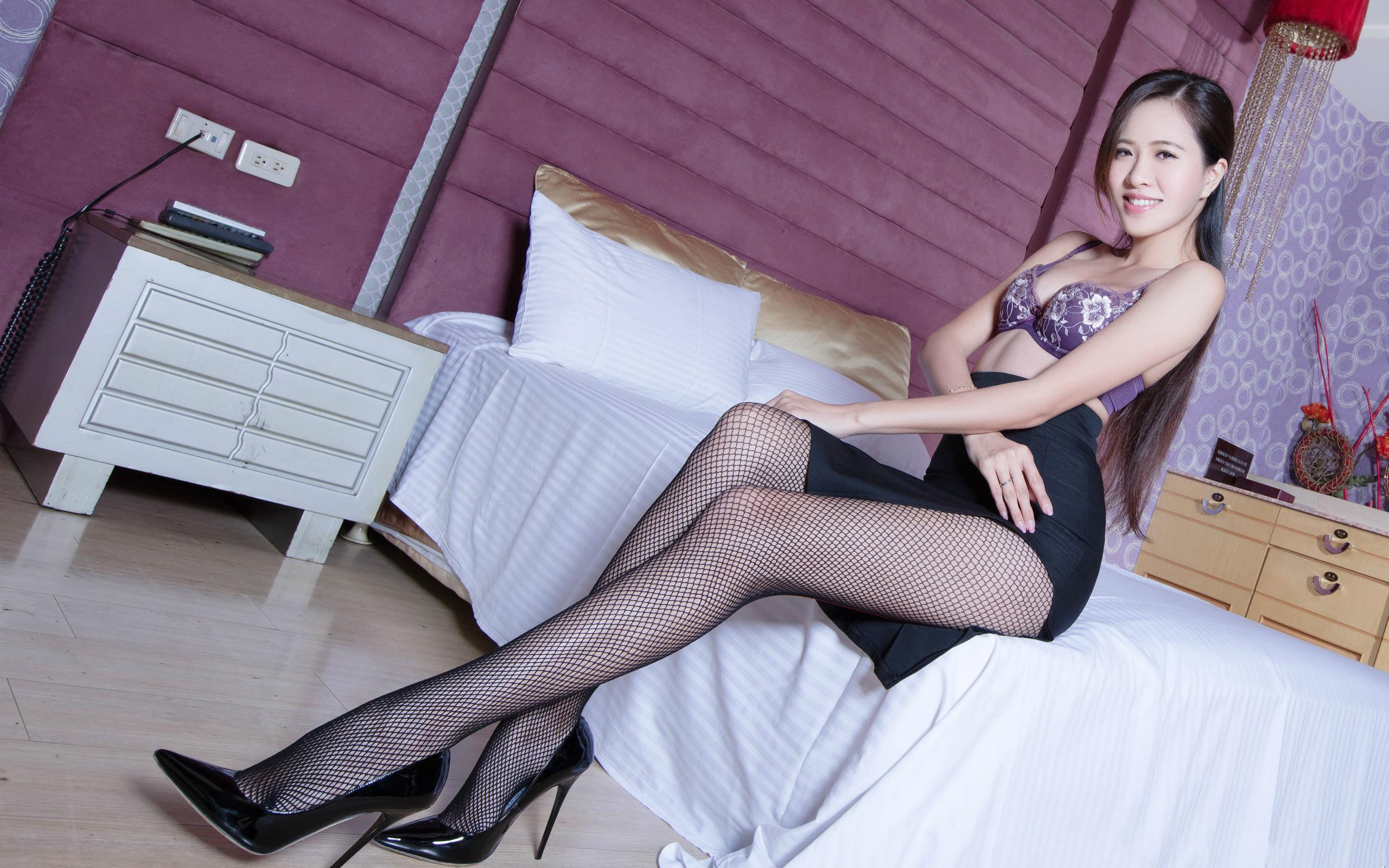 臺灣美腿美女Olivia - 花開有聲 - 花開有聲