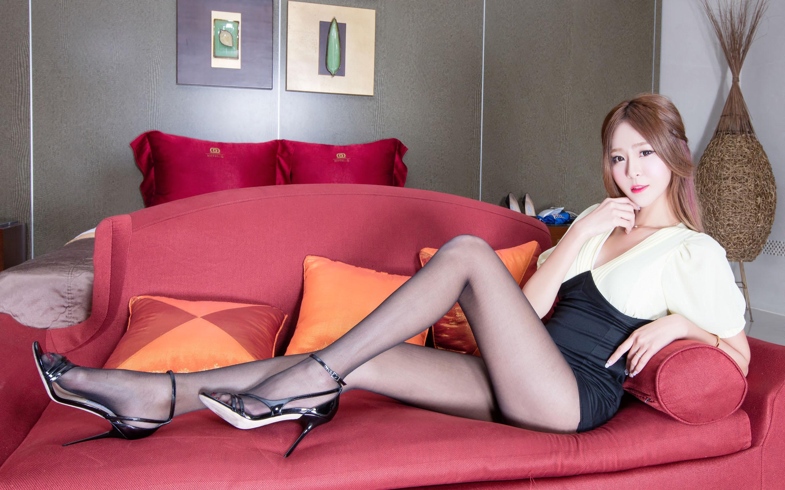 臺灣美腿美女Winnie - 花開有聲 - 花開有聲