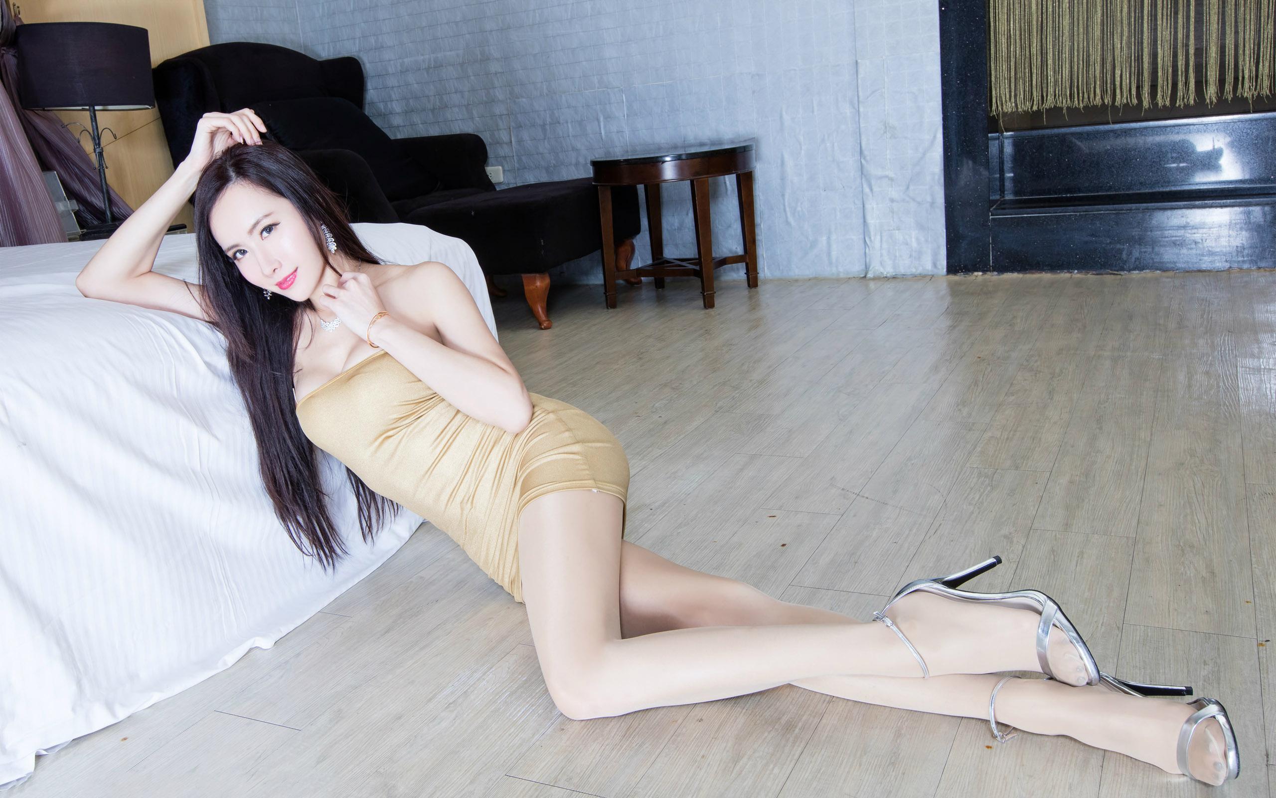 臺灣美腿美女Dora - 花開有聲 - 花開有聲